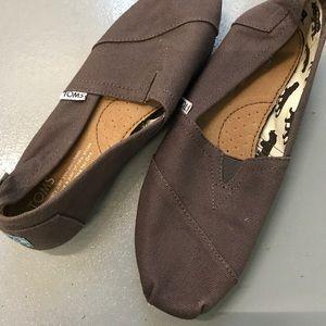 EUC Toms Canvas Classic Shoes